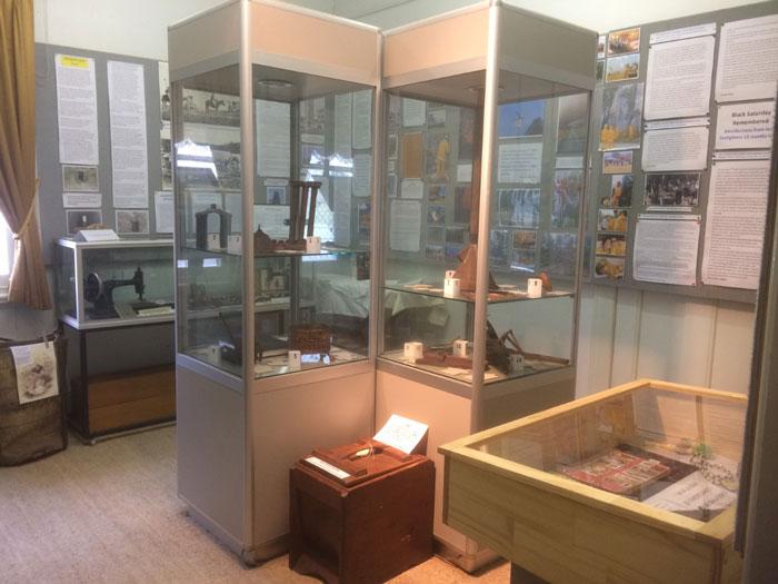 andrew ross museum displays